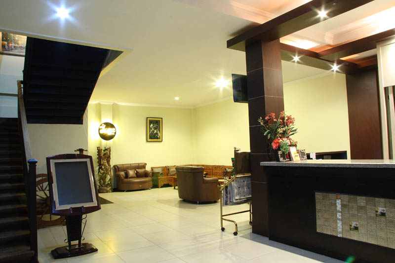 http://jazzhotelpalu.com/images/stories/images/gallery/about/jazz_hotel_palu_002.jpg