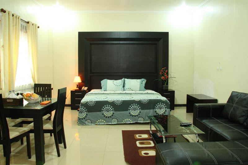 http://jazzhotelpalu.com/images/stories/images/gallery/about/jazz_hotel_palu_004.jpg